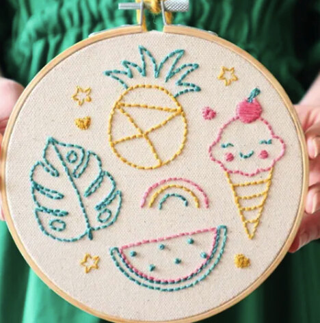 The Modern Crafter Beginner Embroidery DIY Kit - Fruit & Ice Cream - 6in