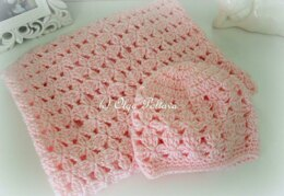 Cluster Flowers Blanket and Hat Baby Set
