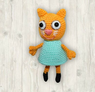 Little Amigurumi Cat Free Crochet Pattern - Stella's Yarn Universe | 379x390