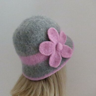 Felted Cloche and Flower