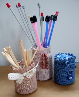 Simple crochet jar covers
