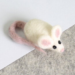 Hawthorn Handmade White Mouse Mini Needle Felting Kit - Brooch - Multi