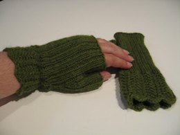 """""""A Touch of Lace"""" Fingerless Gloves"""