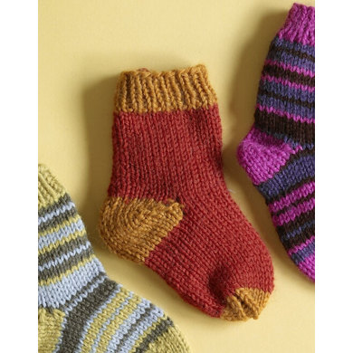 Knit Childs Two Color Socks in Lion Brand Wool-Ease ...