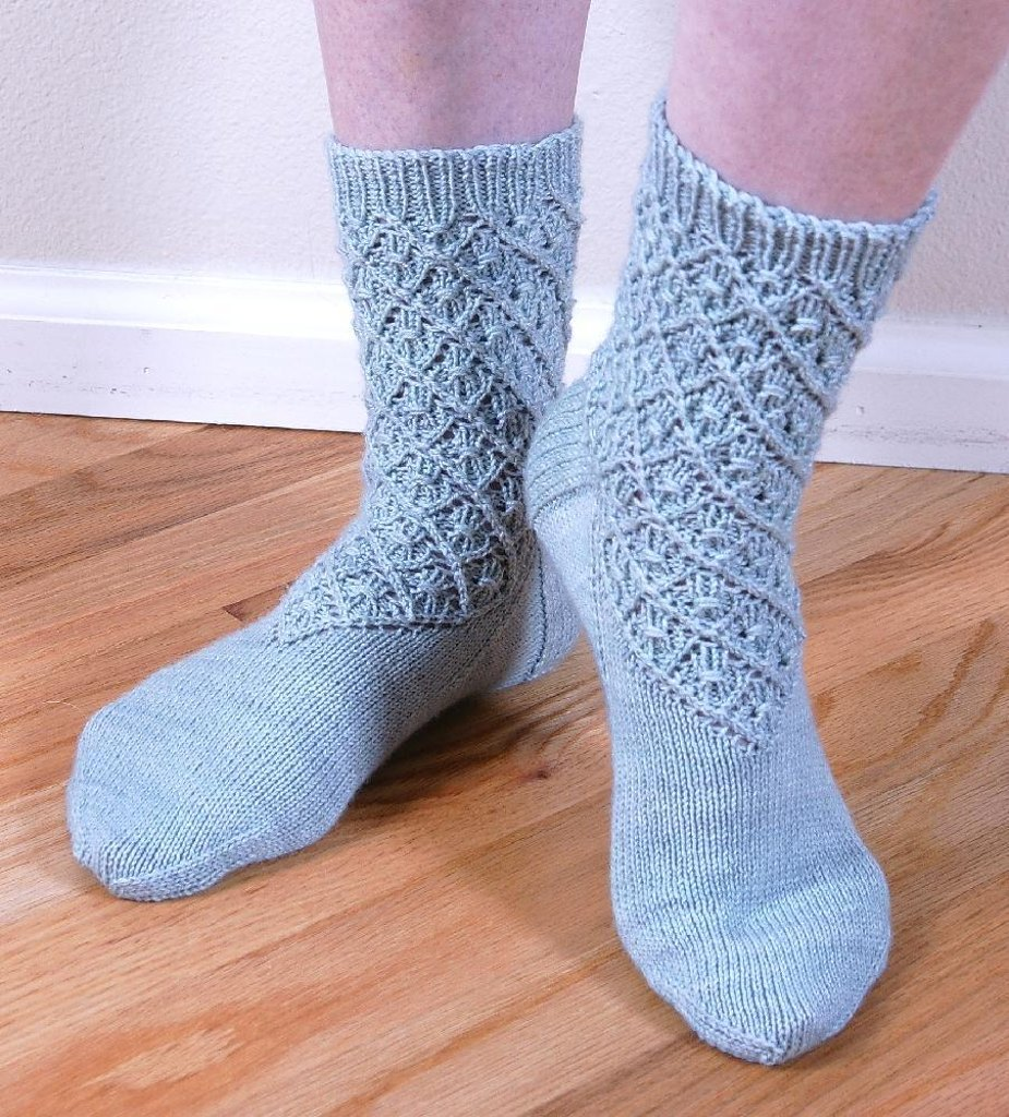 Diamond lace socks knitting pattern by cheryl chow knitting zoom bankloansurffo Gallery