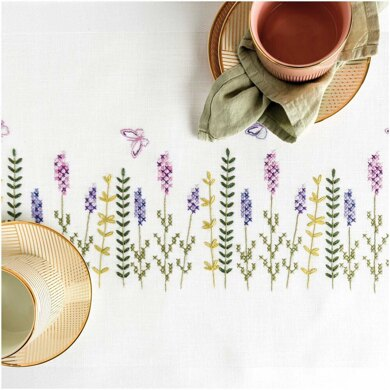 Rico Lavender Wreath Table runner Embroidery Kit (45 x 100 cm)