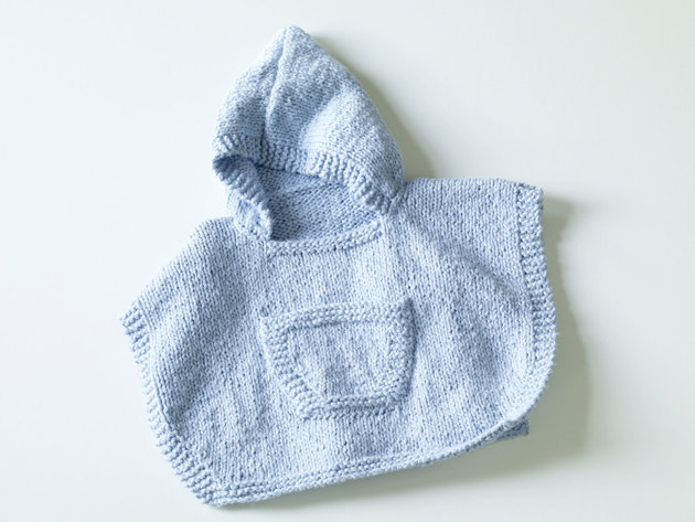 Hooded Baby Poncho in Lion Brand Natures Choice Organic Cotton - 70357AD...