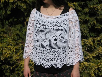 """Crochet Poncho """"Pansy Afternoons"""""""