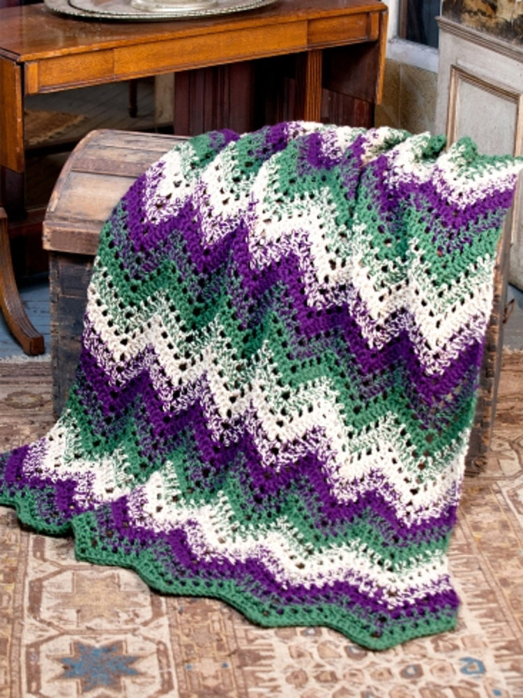Woodland Waves Throw In Caron One Pound Downloadable Pdf