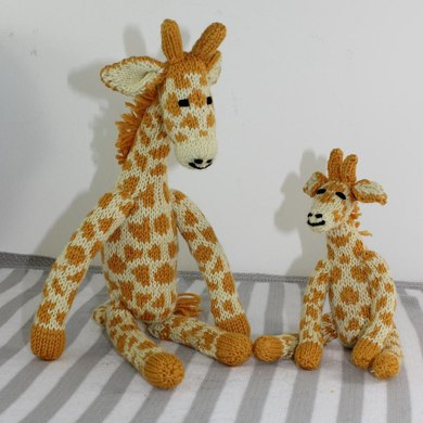 Cute Mother and Baby Giraffe Toys