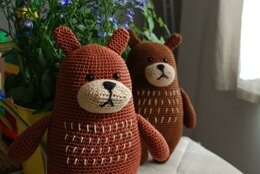 Blaise the big brown bear crochet pattern