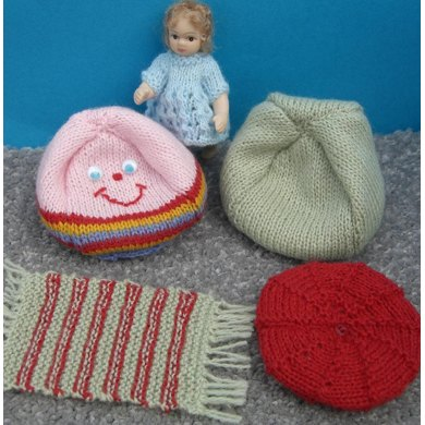 HMC40 Bean bags and cushions for the dolls house