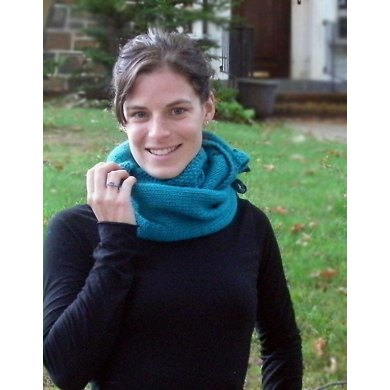 December Pocket Cowl