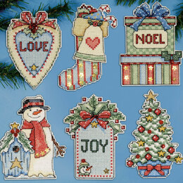 Design Works Country Christmas Plastic Canvas Ornaments Cross Stitch Kit