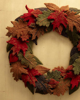 Fall Wreath in Lion Brand Alpine Wool and Fishermen's Wool - L0109AD