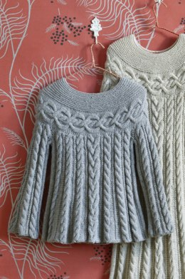 Cable Luxe Tunic in Lion Brand Wool-Ease