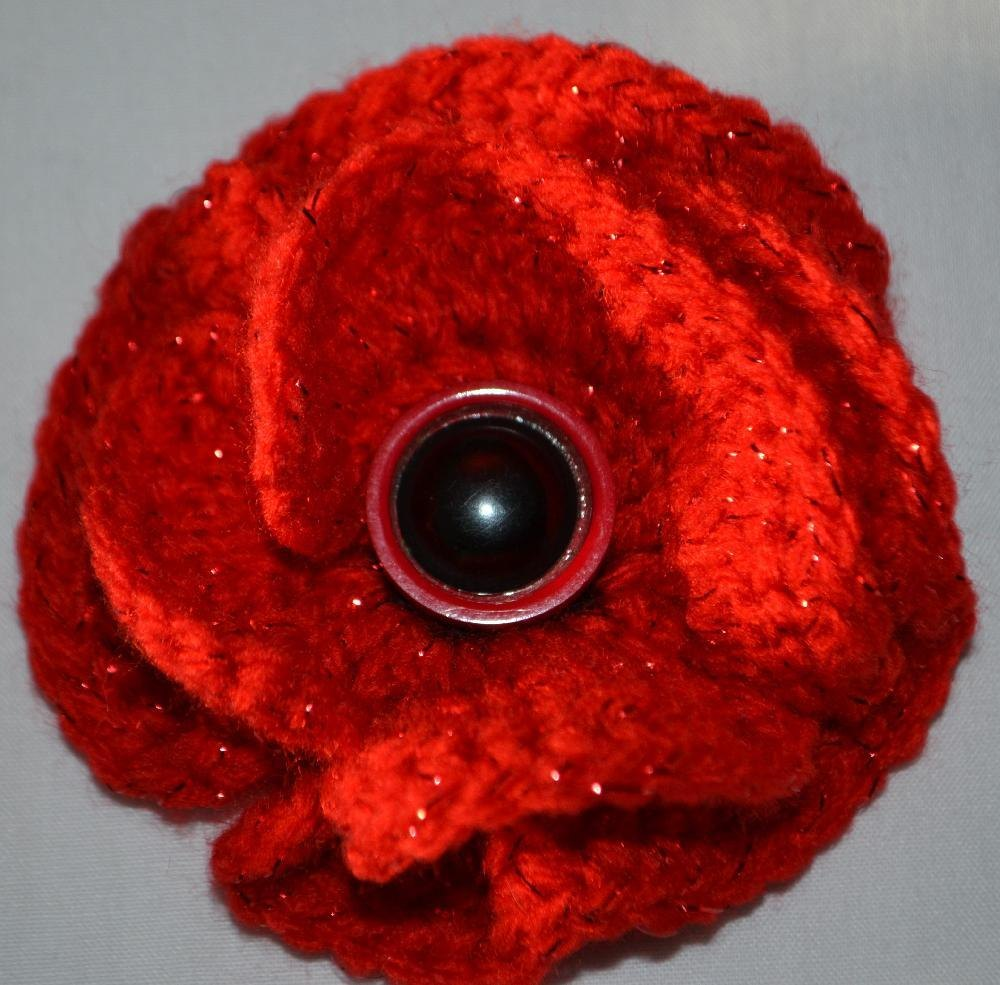 Crochet Poppy Brooch Crochet pattern by Catherine Drabble ...