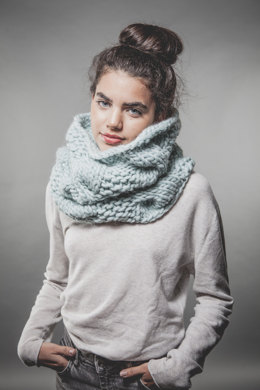 Urban Snood in We Are Knitters The Wool - Downloadable PDF