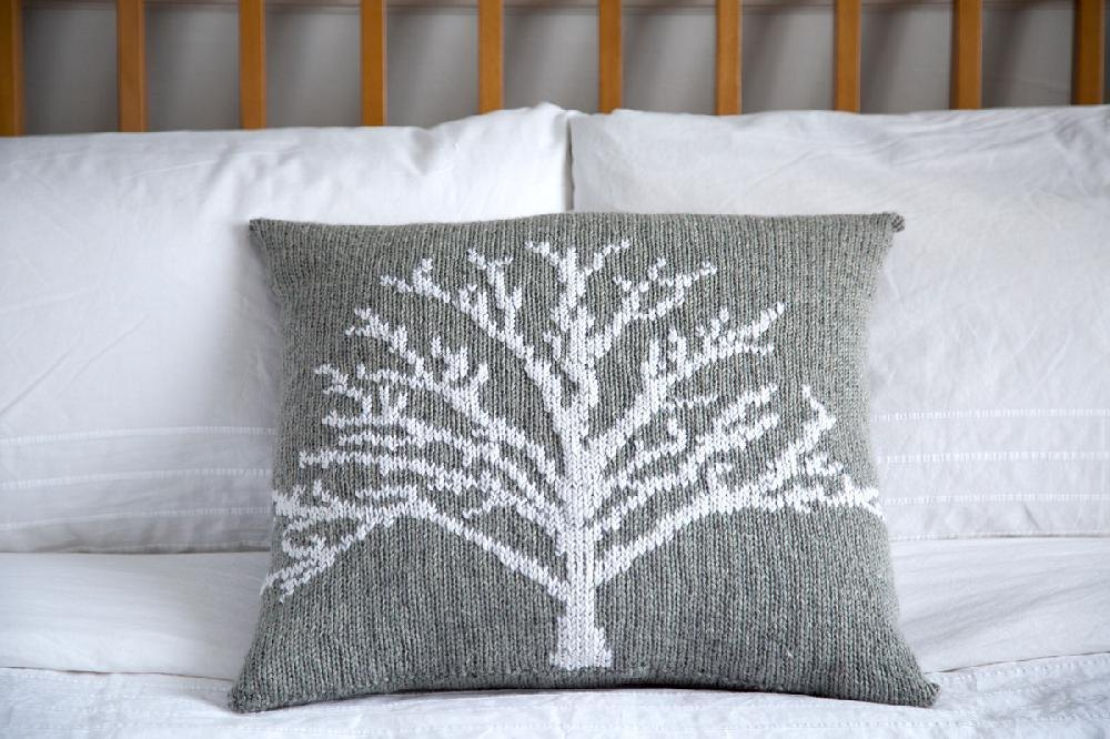 Knitting Pillow Pattern : Moontree pillow knitting pattern by iamsnowfox