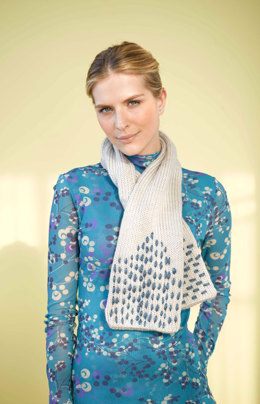Stitched Scarf in Lion Brand Hometown USA - 90709