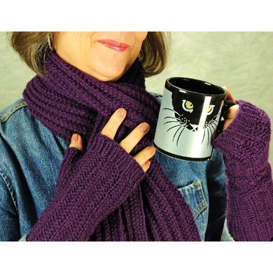 The Laura Evesham Beret, Scarf and Fingerless Mittens