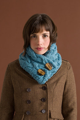 Clifden Cowl in Classic Elite Yarns Big Liberty Wool