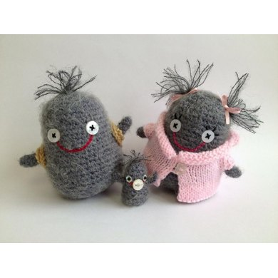 The Fluff Family - Amigurumi creatures and accessories