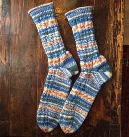 Socks in Cable Pattern in Regia Arne & Carlos - R0260
