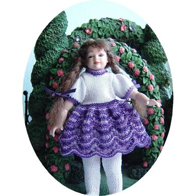 1:12th scale Girls Lace dress with puff sleeves