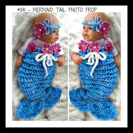 1141- MERMAID tail prop