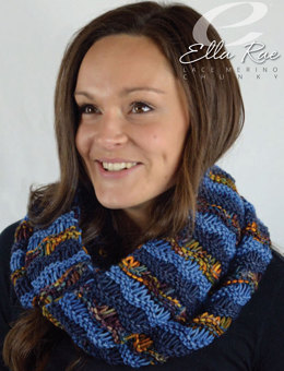 Wave Stitch Infinity Scarf in Ella Rae Lace Merino Chunky - ER23-03 - Downloadable PDF