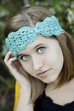 Scallops and lace turban headband
