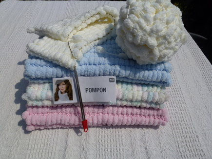 Pompon Yarn Baby Blanket For Moses Basket Pram Or Car Seat Knitting