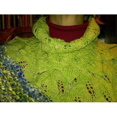 Homespun Leaf Cowl