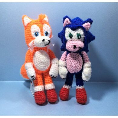 Sonic The Hedgehog And Tails Inspired Dolls Crochet Pattern By Teenie Crochets