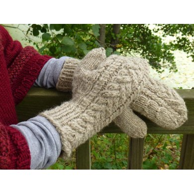 Offset Cable Mittens & Hat
