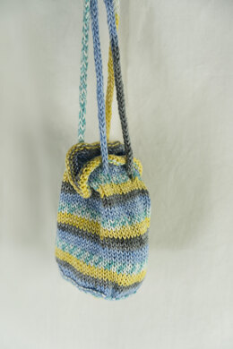 Lighthouse Pouch in Cascade Yarns North Shore Prints - DK407 - Downloadable PDF