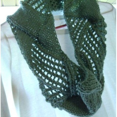 Entrelace Made Chunky with Lace