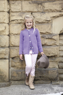 Childrens Cardigans in Hayfield Chunky with Wool - 2415