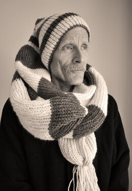 Knitted 1800s Hat-Scarf