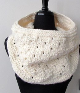 Checkered Dots Chunky Cowl