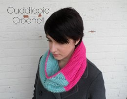 Twisted Tunisian Cowl