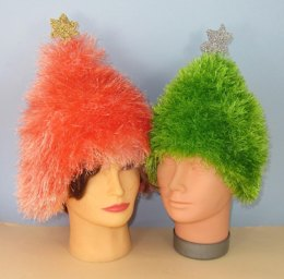Simple Eyelash Christmas Tree Beanie Hat