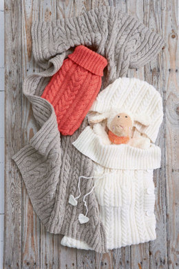 Hot Water Bottle Cover in Schachenmayr Bravo Baby - S8640 - Downloadable PDF