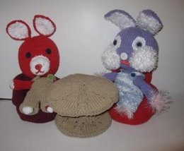 Knitkinz Rabbits, Table and Chair