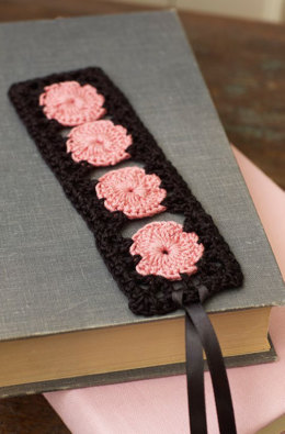 Rose Keepsake Bookmark in Aunt Lydia's Fashion Crochet Thread Size 3 Solids - LC3530