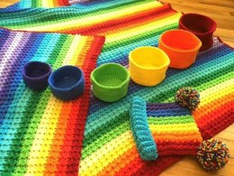 Primary Rainbow Baby Set