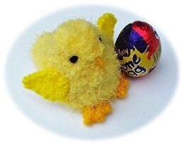 Fluffy Chick - Creme Egg Cover