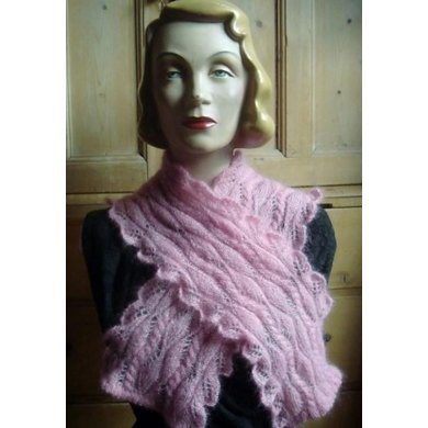 Lacy zig-zag cable scarf with leaf shaped edgings and picot hem