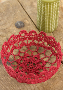 Filigree Bowl in Aunt Lydia's Fashion Crochet Thread Size 3 Solids - WC2021